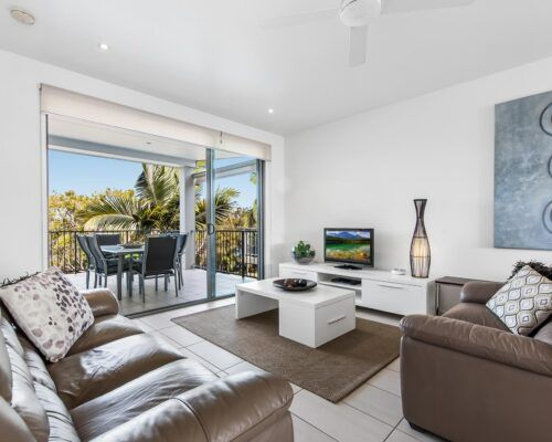 Sunshine-Coast-Metzo-Noosa-1-n-2-bed-2-bathroom-apt-(1)