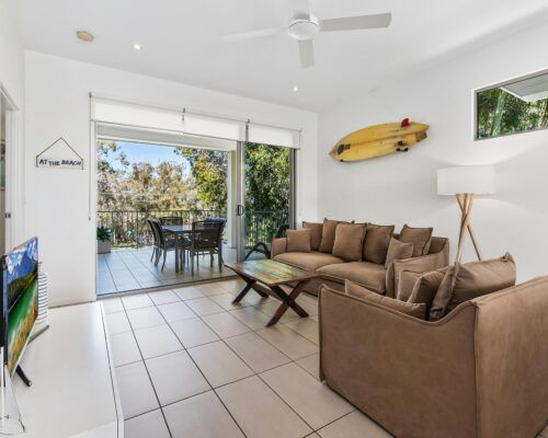 Sunshine-Coast-Metzo-Noosa-1-n-2-bed-2-bathroom-apt-(17)