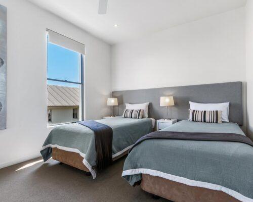 Sunshine-Coast-Metzo-Noosa-1-n-2-bed-2-bathroom-apt-(3)