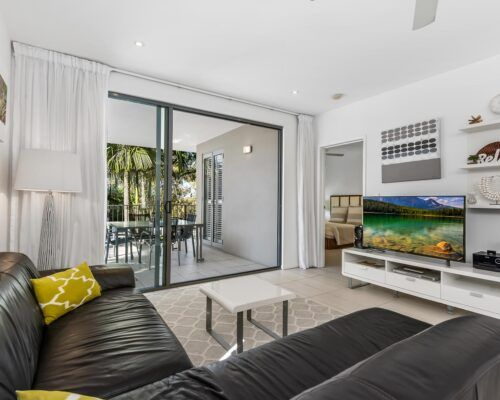 Sunshine-Coast-Metzo-Noosa-1-n-2-bed-2-bathroom-apt-(5)