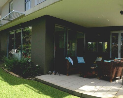 Sunshine-Coast-Metzo-Noosa-2-n-2-bed-2-bathroom-garden-apt (2)